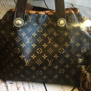 Repurposed Louis Vuitton Neverful